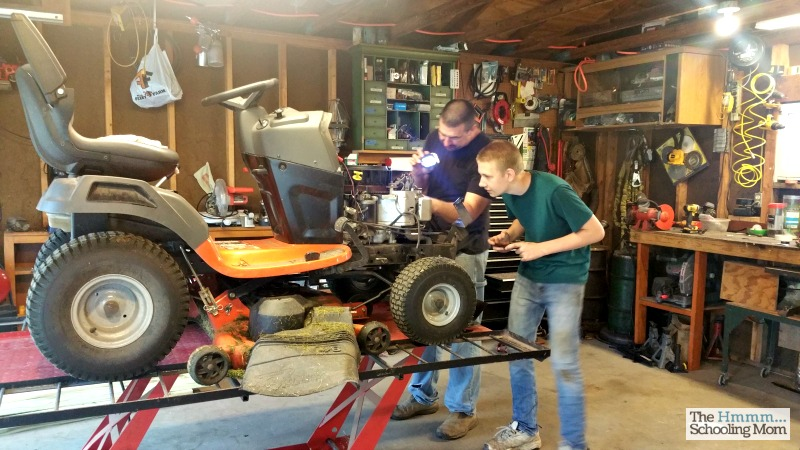 While there are some challenges that come with homeschooling teens, there are also a lot of ways that it's awesome. Here are five of them.